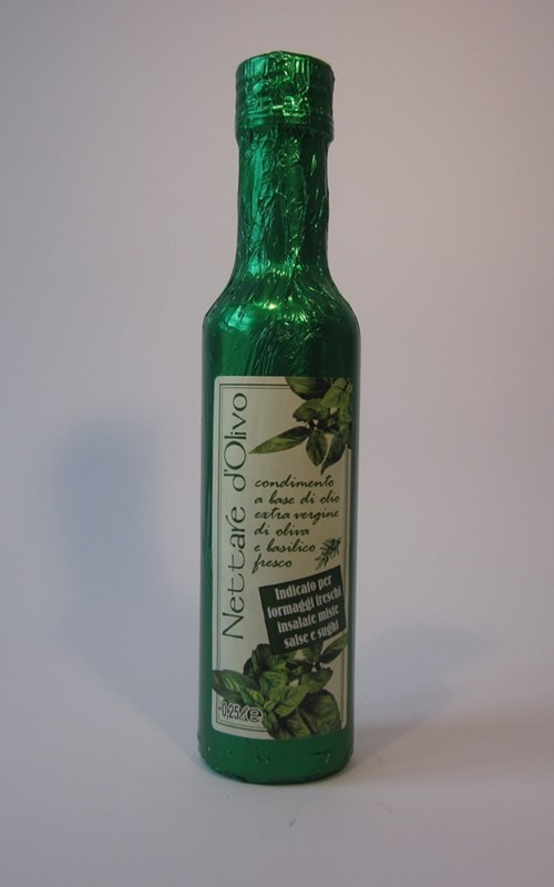 Extra Virgin Olive Oil Flavoured basil 250ml.